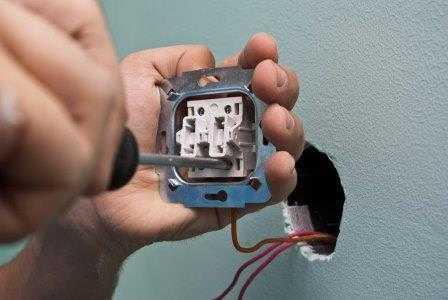 Замена выключателей в Санкт-Петербурге