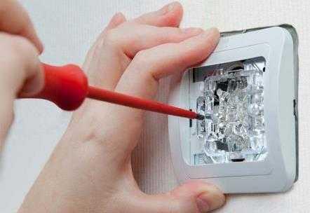 Замена выключателей в Санкт-Петербурге не дорого
