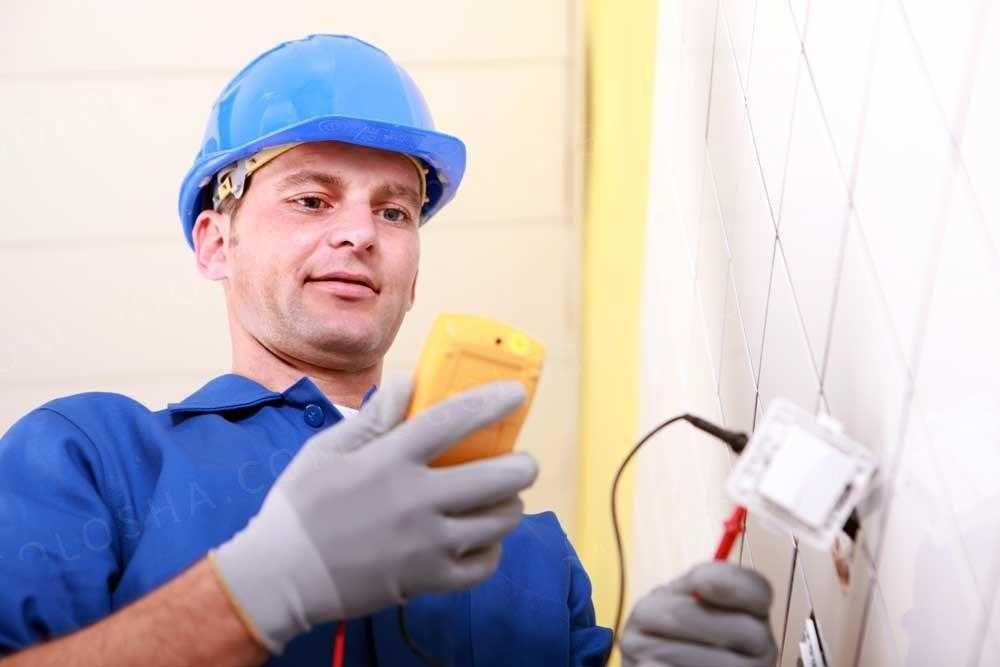 Вызов электрика метро Площадь Восстания в СПб - на дому недорого: цена