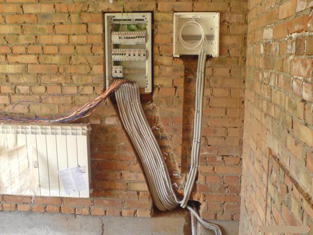 Электрика в кирпичном доме в Санкт-Петербурге